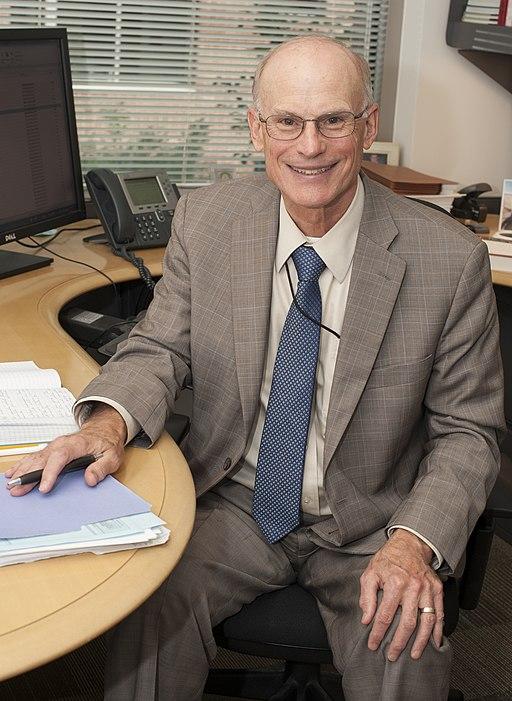 Clark Nardinelli