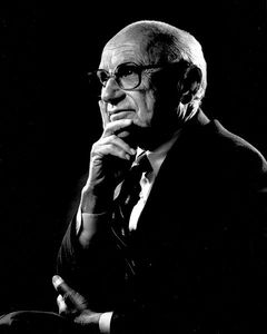 480px-portrait_of_milton_friedman